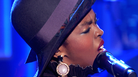 "Lauryn Hill Performs ""Feeling Good"" On Jimmy Fallon"