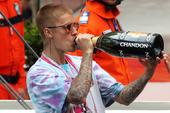 Justin Bieber Turns Up With UK College Students At Manchester Bar