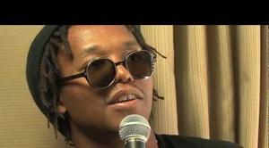"Lupe Fiasco ""Discusses ""Food & Liquor 2"" Cover"" Video"