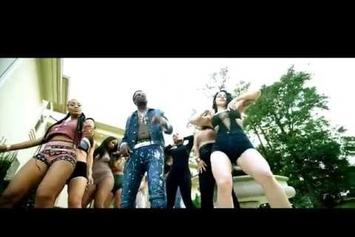 """Gucci Mane Feat. Young Dolph """"Bling Blaww Burr"""" Video"""