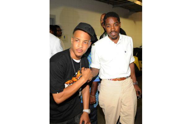 Andre 3000 looking simple and casual with TI