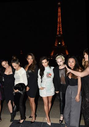The bachelorette party in Paris
