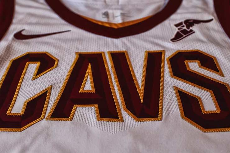 Cavaliers unveils new uniforms for 2017-18 season