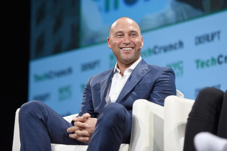 Marlins will be sold to Derek Jeter's group, report says